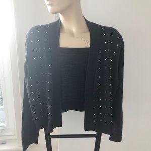 EUC Calvin Klein short cropped sweater